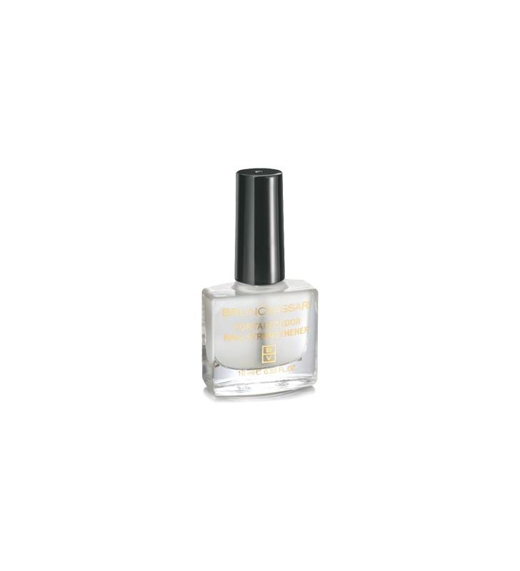 Línea Maquillaje. Fortalecedor de uñas - BRUNO VASSARI