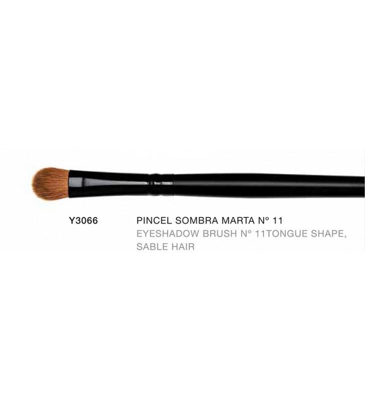 Macao. Pincel para de sombras de ojos forma de Lengua de pelo de Marta nº11 Y3066
