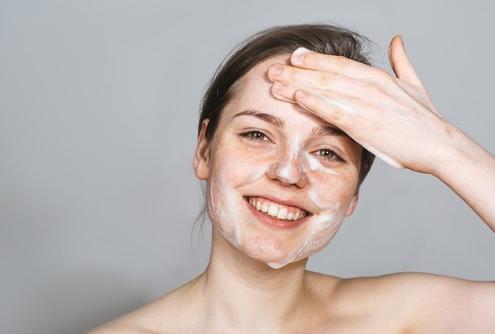 Todas las alternativas para realizar una limpieza facial